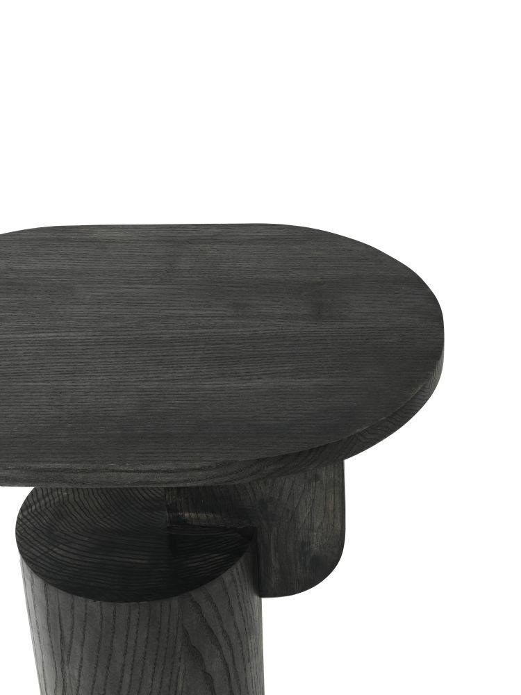 https://res.cloudinary.com/clippings/image/upload/t_big/dpr_auto,f_auto,w_auto/v1544092267/products/insert-side-table-ferm-living-mario-tsai-clippings-11126314.jpg