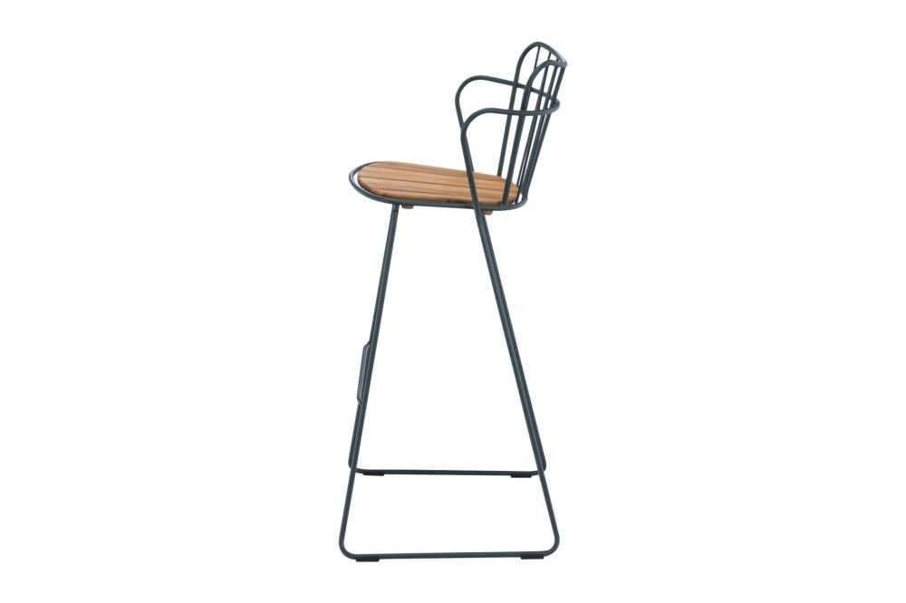 https://res.cloudinary.com/clippings/image/upload/t_big/dpr_auto,f_auto,w_auto/v1544095829/products/paon-bar-stool-houe-henrik-pedersen-clippings-11126441.jpg
