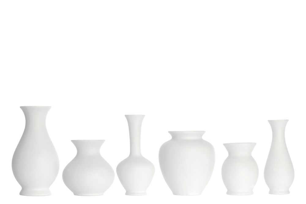https://res.cloudinary.com/clippings/image/upload/t_big/dpr_auto,f_auto,w_auto/v1544099702/products/blossom-vases-set-of-6-sch%C3%B6nbuch-apartment-8-clippings-11126515.jpg