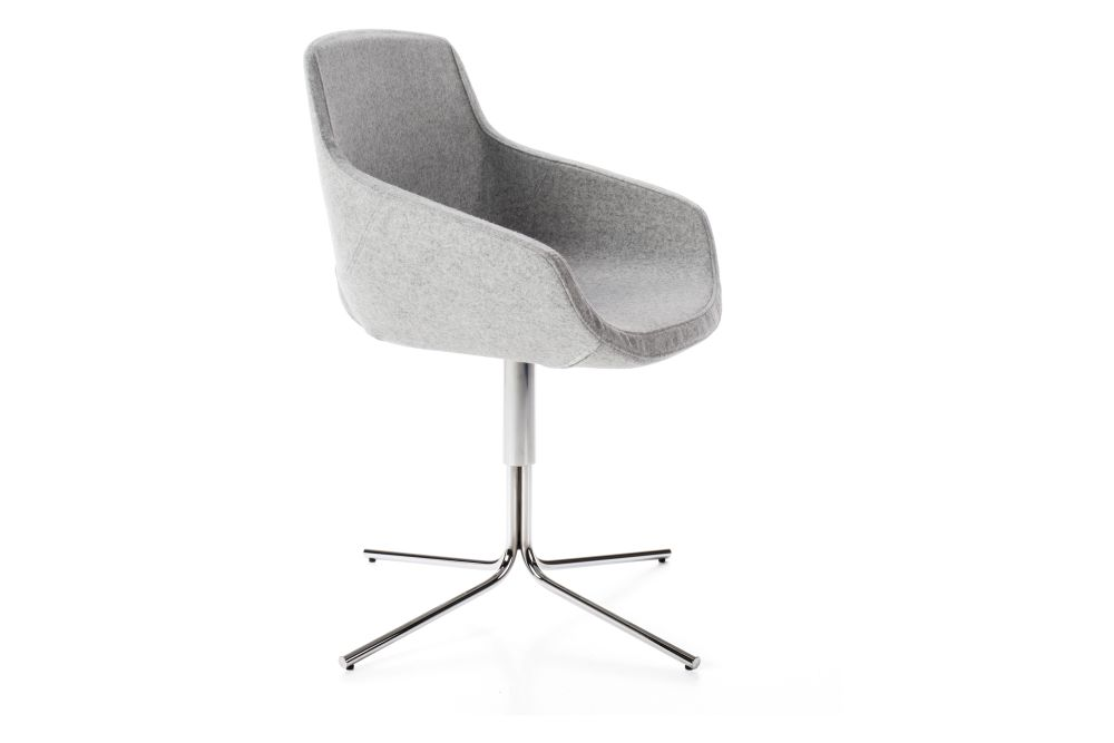 https://res.cloudinary.com/clippings/image/upload/t_big/dpr_auto,f_auto,w_auto/v1545115593/products/clea-plus-armchair-tubular-base-diemme-clippings-11130091.jpg
