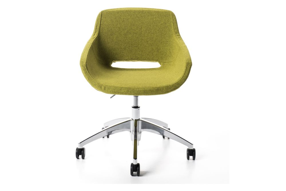 https://res.cloudinary.com/clippings/image/upload/t_big/dpr_auto,f_auto,w_auto/v1545115764/products/clea-plus-armchair-on-castors-diemme-clippings-11130093.jpg