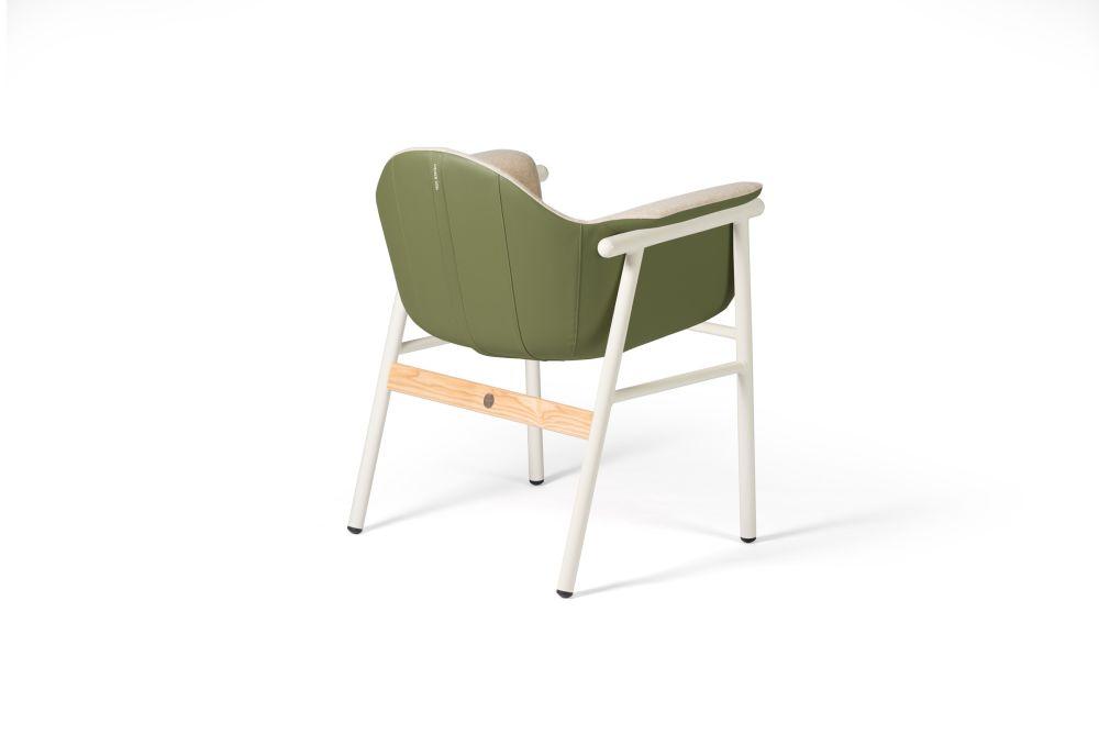https://res.cloudinary.com/clippings/image/upload/t_big/dpr_auto,f_auto,w_auto/v1545393727/products/sacadura-chair-dam-hugo-silva-and-joana-santos-clippings-11131430.jpg