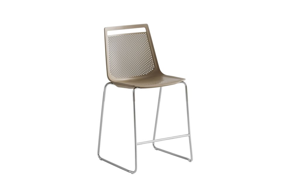 https://res.cloudinary.com/clippings/image/upload/t_big/dpr_auto,f_auto,w_auto/v1547008125/products/akami-st-65-stool-set-of-8-gaber-stefano-sandon%C3%A0-clippings-11133091.jpg