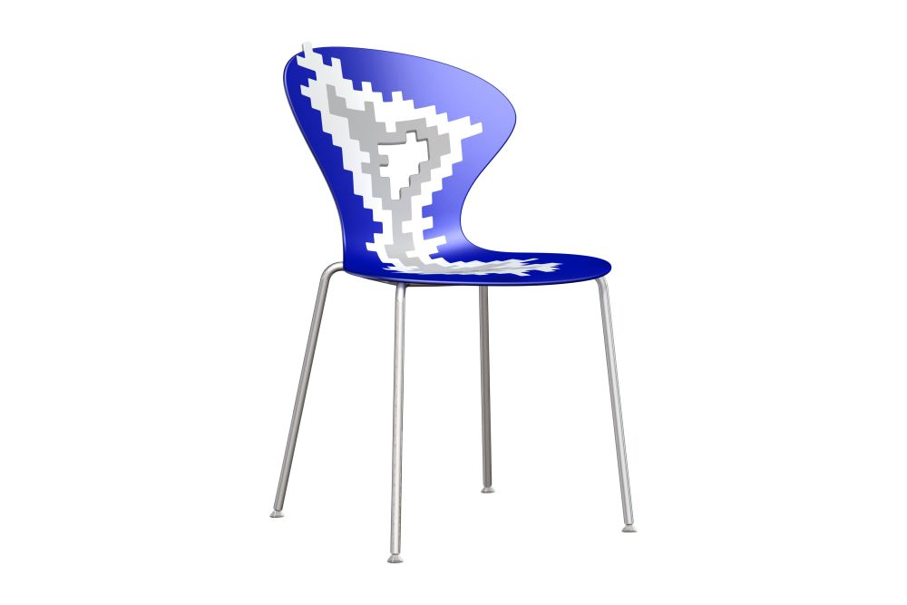 https://res.cloudinary.com/clippings/image/upload/t_big/dpr_auto,f_auto,w_auto/v1547457581/products/big-bang-dining-chair-set-of-8-00-06-04-chromed-metal-gaber-stefano-sandon%C3%A0-clippings-11134379.jpg