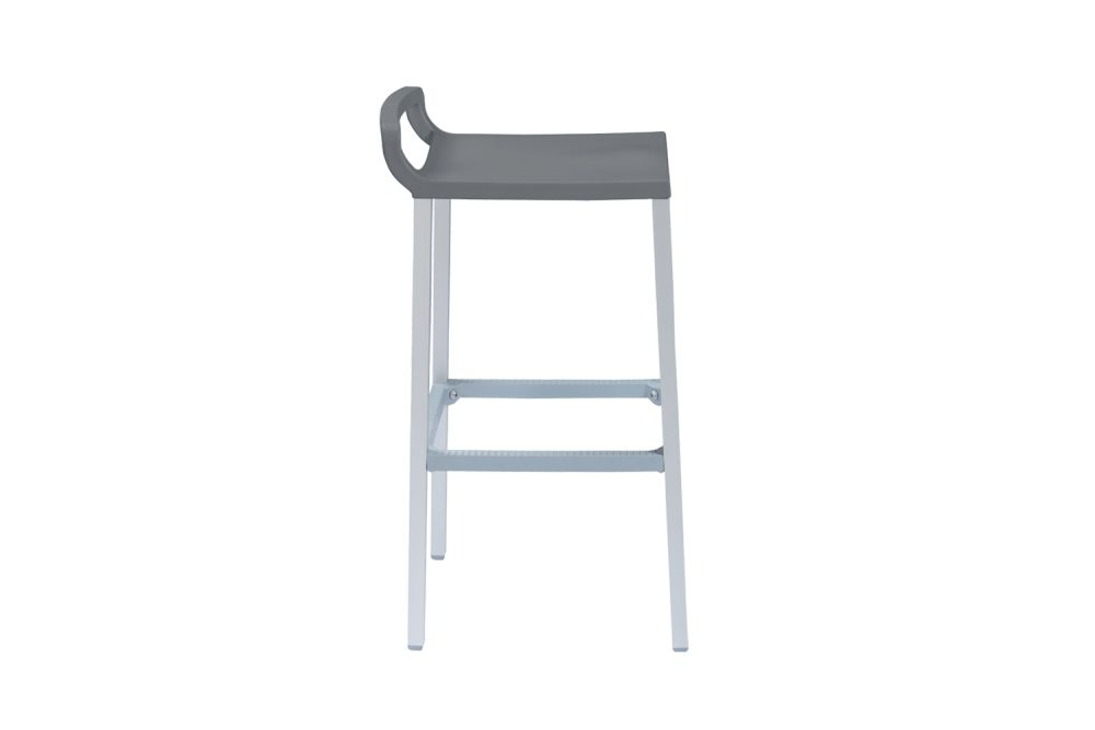 https://res.cloudinary.com/clippings/image/upload/t_big/dpr_auto,f_auto,w_auto/v1547457971/products/ofer-h75-bar-stool-set-of-6-gaber-eurolinea-clippings-11134408.jpg