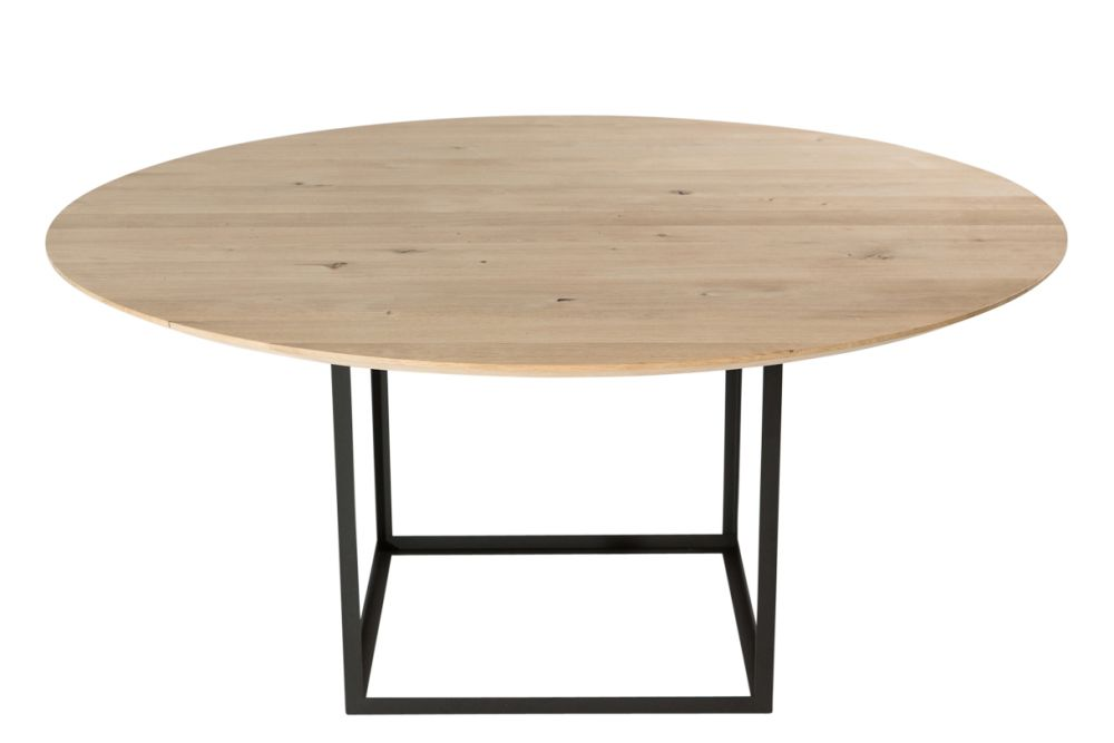 https://res.cloudinary.com/clippings/image/upload/t_big/dpr_auto,f_auto,w_auto/v1547631103/products/jewel-dining-table-round-dk3-s%C3%B8ren-juul-clippings-11135253.jpg