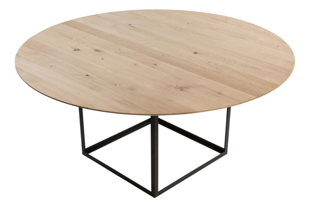 https://res.cloudinary.com/clippings/image/upload/t_big/dpr_auto,f_auto,w_auto/v1547631105/products/jewel-dining-table-round-dk3-s%C3%B8ren-juul-clippings-11135258.jpg