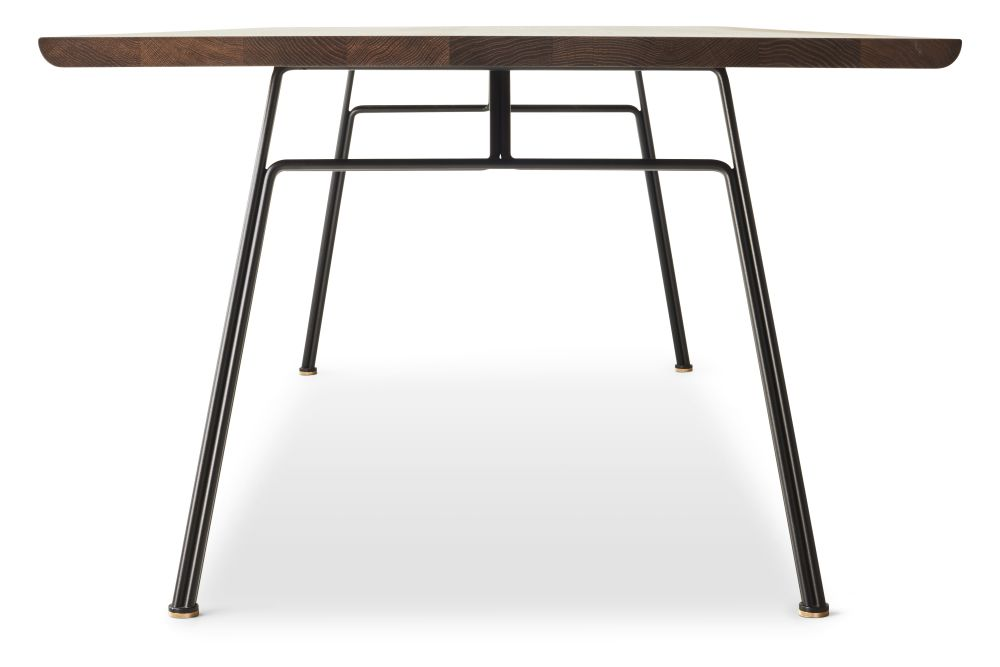 https://res.cloudinary.com/clippings/image/upload/t_big/dpr_auto,f_auto,w_auto/v1547638014/products/corduroy-dining-table-rectangular-dk3-christian-troels-clippings-11135296.jpg