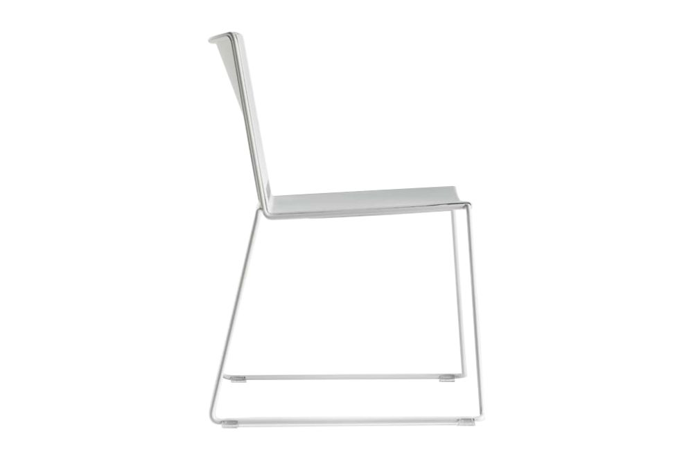 https://res.cloudinary.com/clippings/image/upload/t_big/dpr_auto,f_auto,w_auto/v1548407571/products/slim-dining-chair-sled-base-diemme-clippings-11138062.jpg
