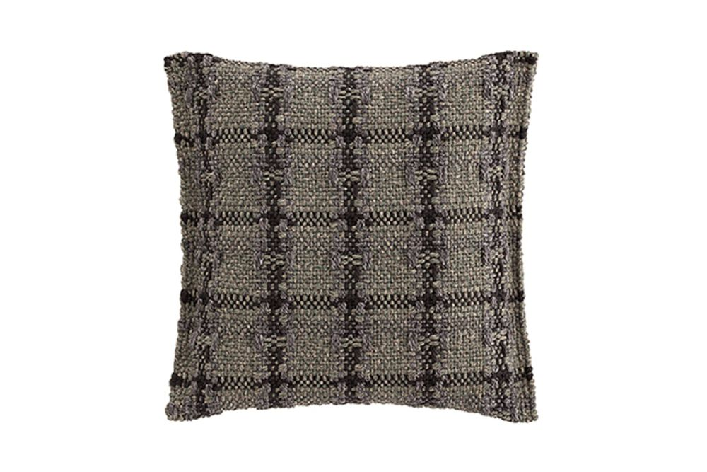 https://res.cloudinary.com/clippings/image/upload/t_big/dpr_auto,f_auto,w_auto/v1548761335/products/garden-layers-small-cushion-gan-patricia-urquiola-clippings-11139325.jpg