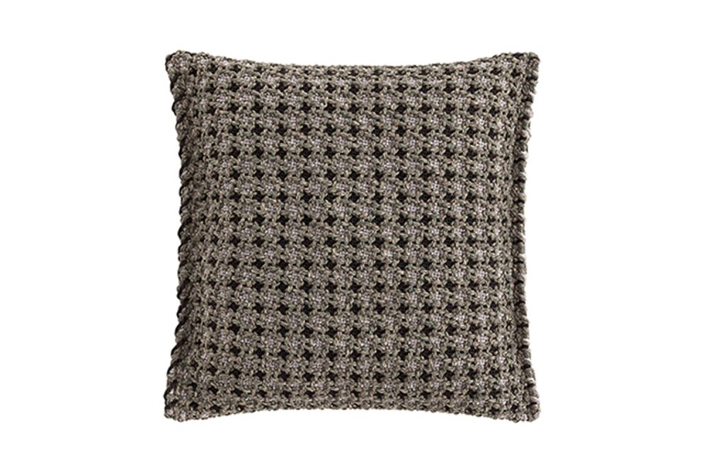 https://res.cloudinary.com/clippings/image/upload/t_big/dpr_auto,f_auto,w_auto/v1548761340/products/garden-layers-small-cushion-gan-patricia-urquiola-clippings-11139326.jpg