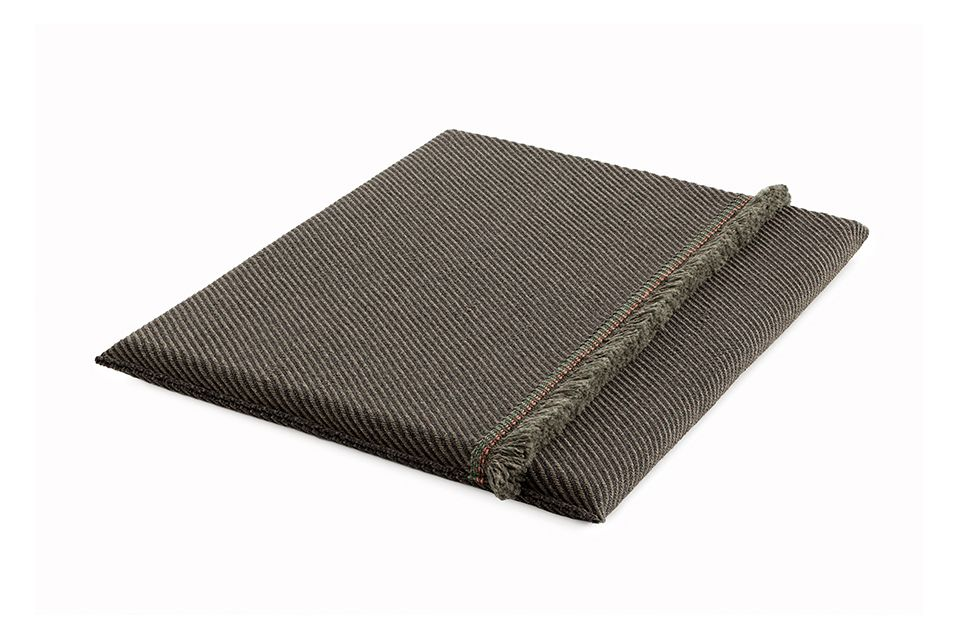 https://res.cloudinary.com/clippings/image/upload/t_big/dpr_auto,f_auto,w_auto/v1548764717/products/garden-layers-big-mattress-gan-patricia-urquiola-clippings-11139428.jpg