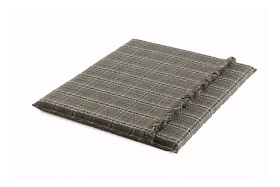 https://res.cloudinary.com/clippings/image/upload/t_big/dpr_auto,f_auto,w_auto/v1548764743/products/garden-layers-big-mattress-gan-patricia-urquiola-clippings-11139432.jpg