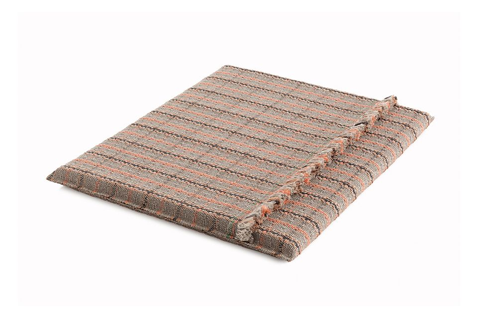 https://res.cloudinary.com/clippings/image/upload/t_big/dpr_auto,f_auto,w_auto/v1548764753/products/garden-layers-big-mattress-gan-patricia-urquiola-clippings-11139434.jpg