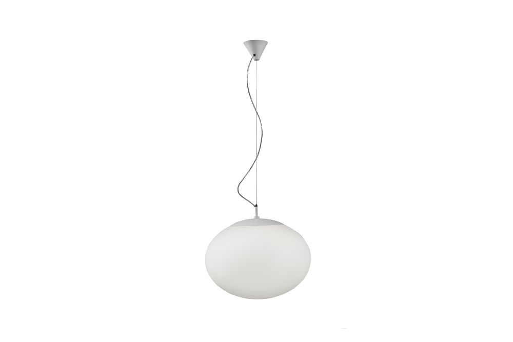 https://res.cloudinary.com/clippings/image/upload/t_big/dpr_auto,f_auto,w_auto/v1548917476/products/elipse-s-pendant-light-bover-alex-fern%C3%A1ndez-camps-and-gonzalo-mil%C3%A0-clippings-11140047.jpg