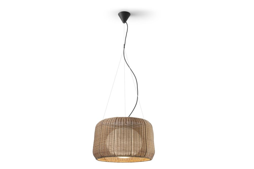https://res.cloudinary.com/clippings/image/upload/t_big/dpr_auto,f_auto,w_auto/v1548920376/products/fora-s-pendant-light-bover-alex-fern%C3%A1ndez-camps-gonzalo-mil%C3%A0-clippings-11140067.jpg