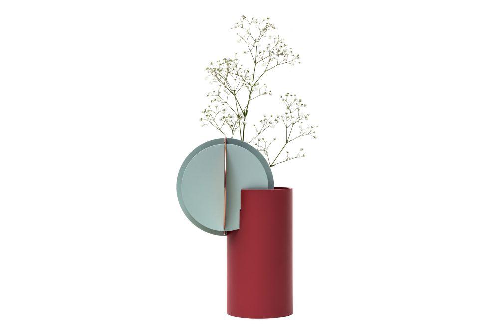 https://res.cloudinary.com/clippings/image/upload/t_big/dpr_auto,f_auto,w_auto/v1549277096/products/delanuay-vase-cs1-noom-kateryna-sokolova-clippings-11140762.jpg