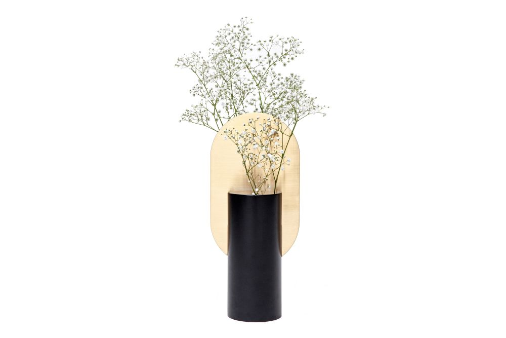 https://res.cloudinary.com/clippings/image/upload/t_big/dpr_auto,f_auto,w_auto/v1549277632/products/genke-vase-cs1-noom-kateryna-sokolova-clippings-11140773.jpg