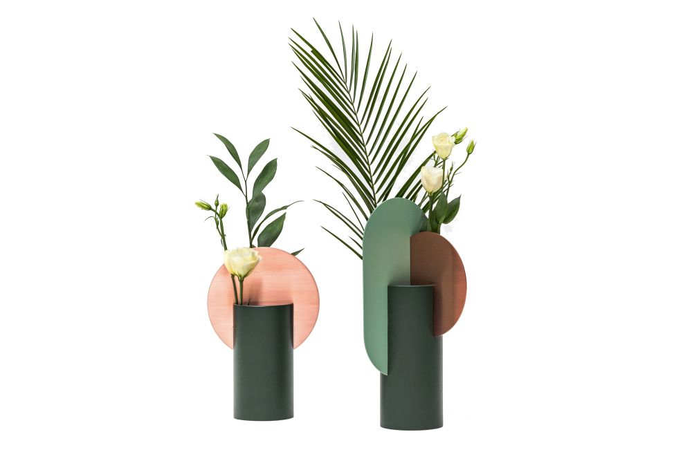 https://res.cloudinary.com/clippings/image/upload/t_big/dpr_auto,f_auto,w_auto/v1549277980/products/malevich-vase-cs1-noom-kateryna-sokolova-clippings-11140778.jpg