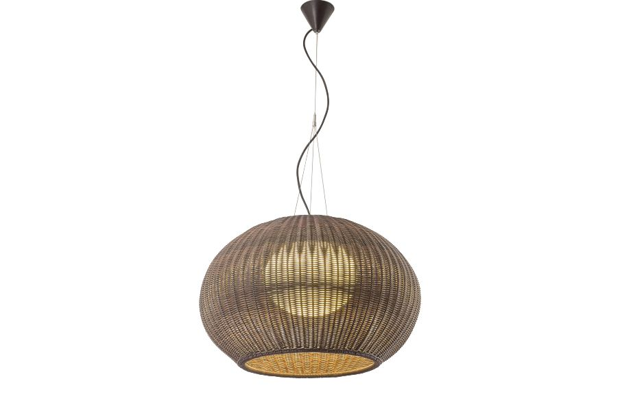 https://res.cloudinary.com/clippings/image/upload/t_big/dpr_auto,f_auto,w_auto/v1549451340/products/garota-s02-outdoor-pendant-light-bover-alex-fern%C3%A1ndez-camps-gonzalo-mil%C3%A1-clippings-11141328.jpg
