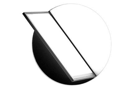 https://res.cloudinary.com/clippings/image/upload/t_big/dpr_auto,f_auto,w_auto/v1549870979/products/loop-wall-light-fluvia-antoni-arola-clippings-11143316.jpg