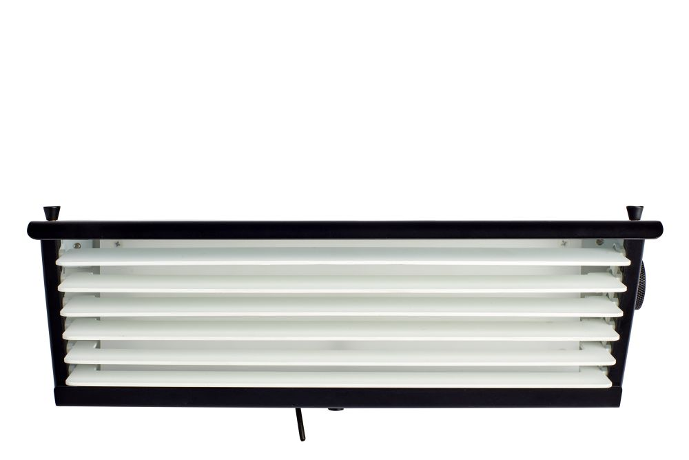 https://res.cloudinary.com/clippings/image/upload/t_big/dpr_auto,f_auto,w_auto/v1550215215/products/biny-box-2-wall-light-dcw-%C3%A9ditions-jacques-biny-clippings-11145276.jpg