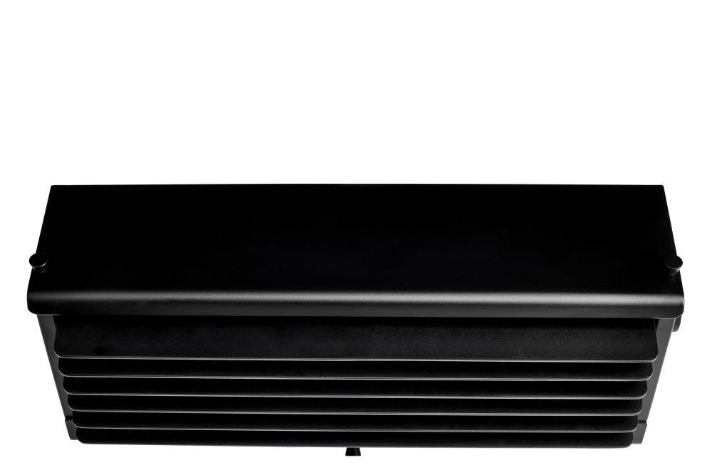 https://res.cloudinary.com/clippings/image/upload/t_big/dpr_auto,f_auto,w_auto/v1550216761/products/biny-box-3-wall-light-dcw-%C3%A9ditions-jacques-biny-clippings-11145337.jpg