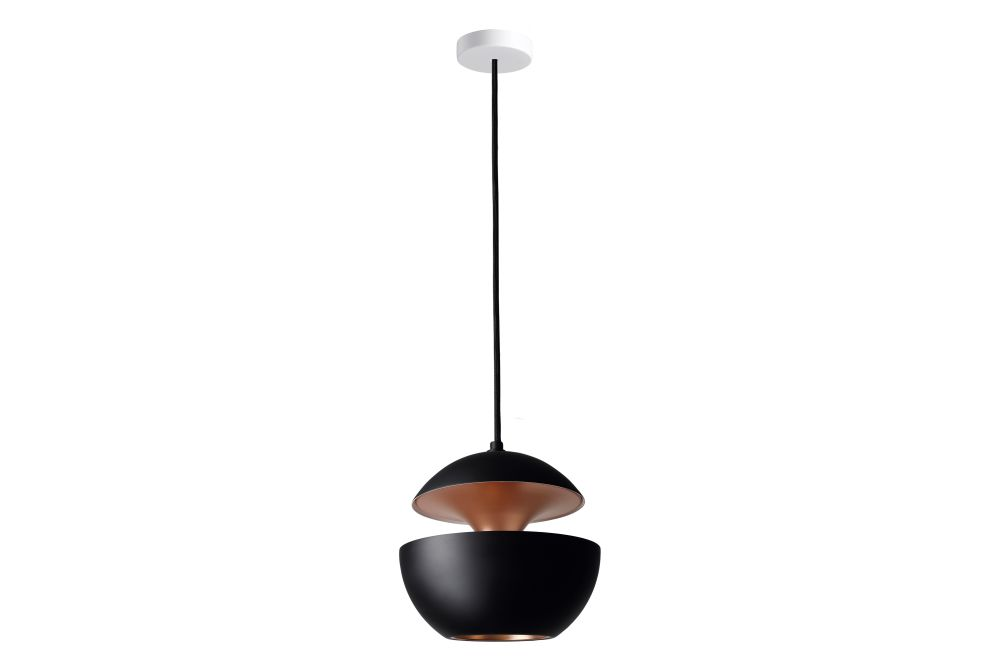 https://res.cloudinary.com/clippings/image/upload/t_big/dpr_auto,f_auto,w_auto/v1550221455/products/here-comes-the-sun-pendant-light-dcw-%C3%A9ditions-bertrand-balas-clippings-11145628.jpg