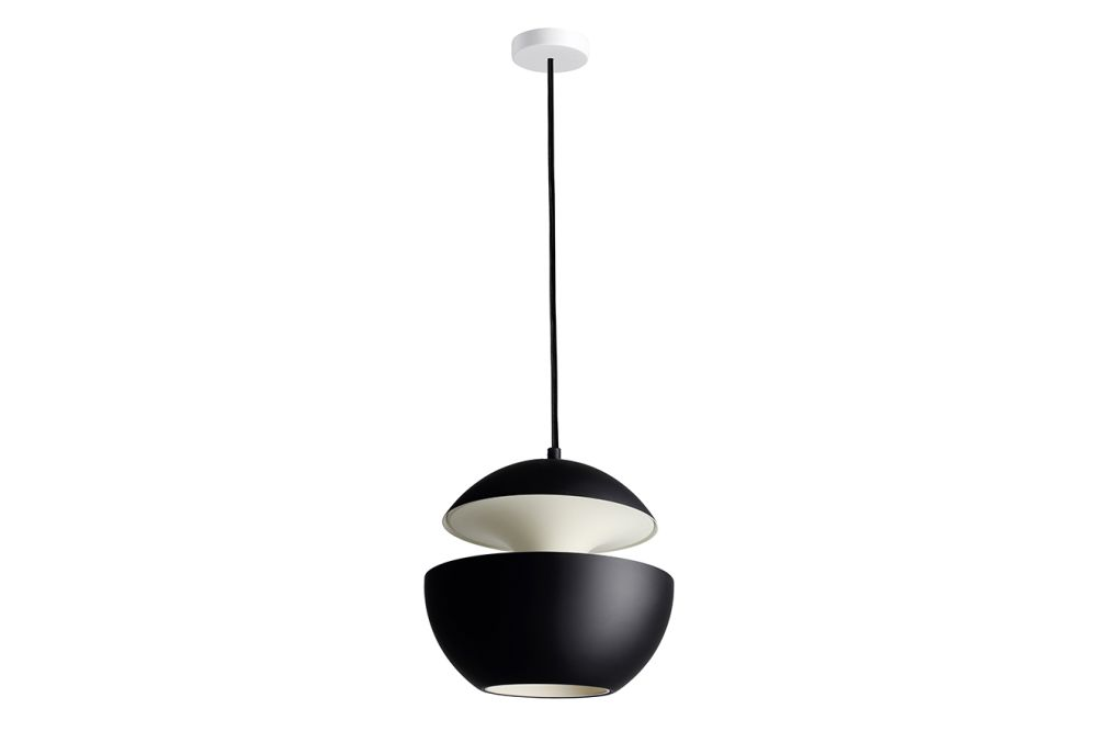 https://res.cloudinary.com/clippings/image/upload/t_big/dpr_auto,f_auto,w_auto/v1550221466/products/here-comes-the-sun-pendant-light-dcw-%C3%A9ditions-bertrand-balas-clippings-11145631.jpg