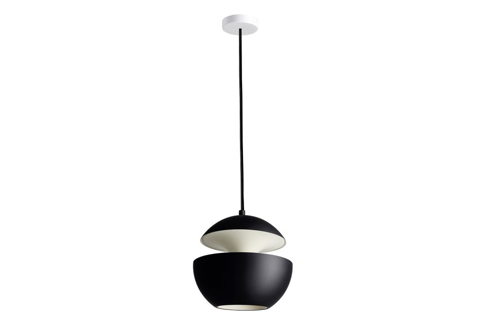 https://res.cloudinary.com/clippings/image/upload/t_big/dpr_auto,f_auto,w_auto/v1550221466/products/here-comes-the-sun-pendant-light-dcw-%C3%A9ditions-bertrand-balas-clippings-11145632.jpg