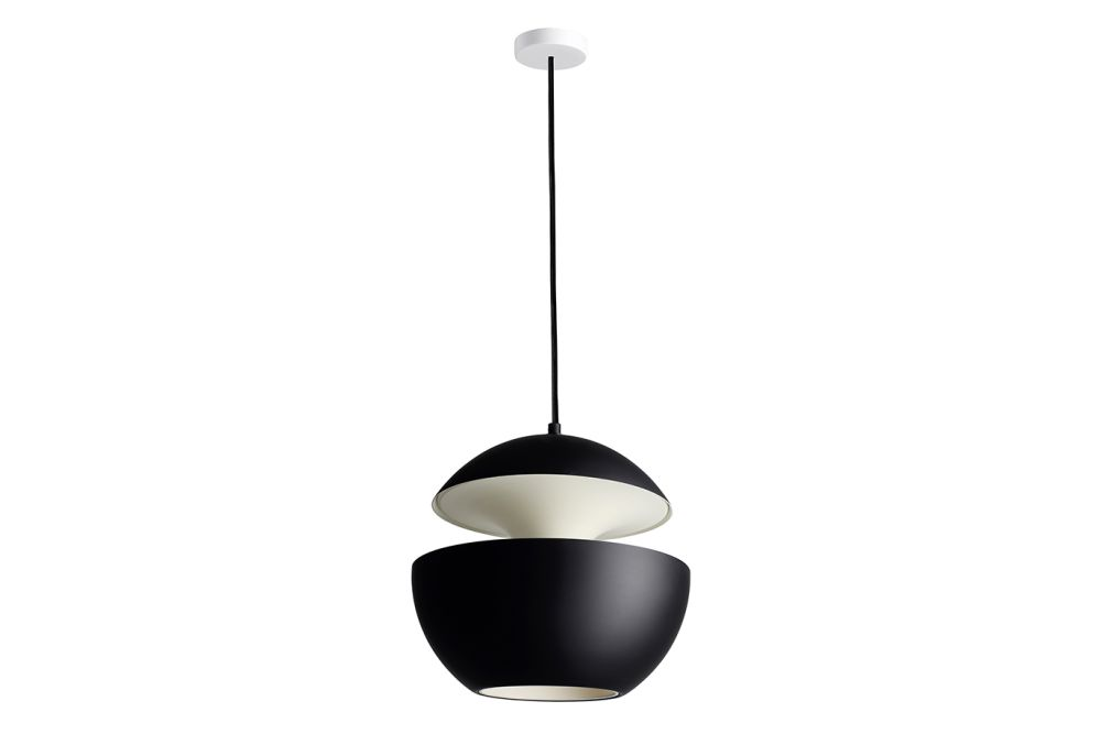 https://res.cloudinary.com/clippings/image/upload/t_big/dpr_auto,f_auto,w_auto/v1550221467/products/here-comes-the-sun-pendant-light-dcw-%C3%A9ditions-bertrand-balas-clippings-11145633.jpg