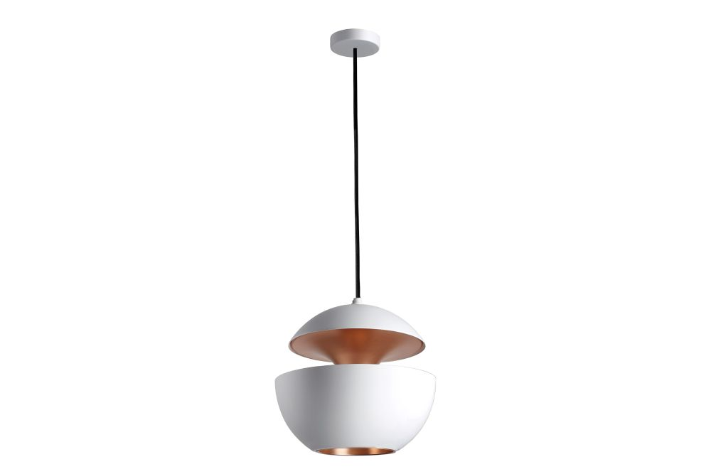 https://res.cloudinary.com/clippings/image/upload/t_big/dpr_auto,f_auto,w_auto/v1550221482/products/here-comes-the-sun-pendant-light-dcw-%C3%A9ditions-bertrand-balas-clippings-11145638.jpg