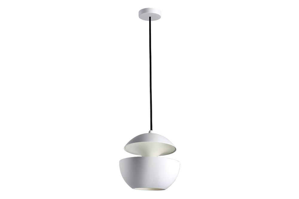 https://res.cloudinary.com/clippings/image/upload/t_big/dpr_auto,f_auto,w_auto/v1550221489/products/here-comes-the-sun-pendant-light-dcw-%C3%A9ditions-bertrand-balas-clippings-11145640.jpg