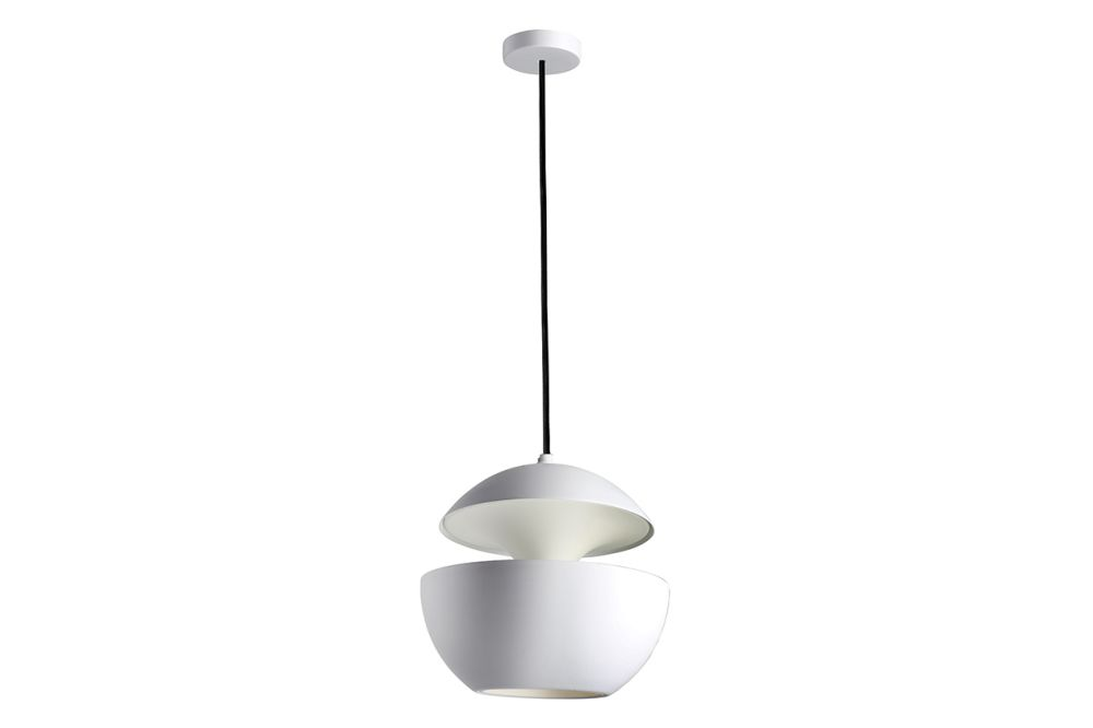 https://res.cloudinary.com/clippings/image/upload/t_big/dpr_auto,f_auto,w_auto/v1550221489/products/here-comes-the-sun-pendant-light-dcw-%C3%A9ditions-bertrand-balas-clippings-11145642.jpg