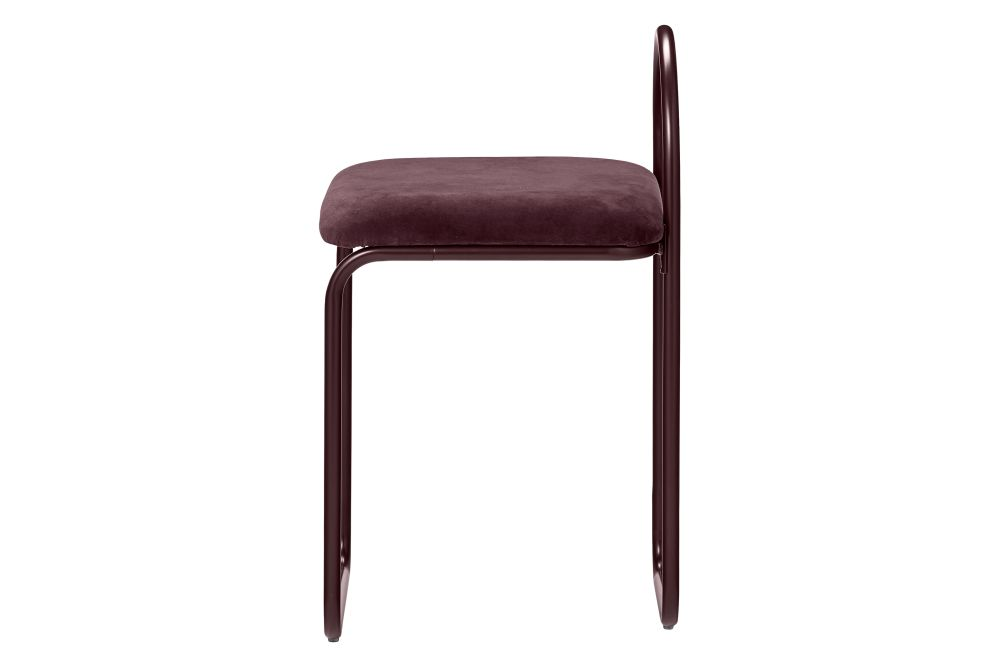 https://res.cloudinary.com/clippings/image/upload/t_big/dpr_auto,f_auto,w_auto/v1551175046/products/angui-dining-chair-aytm-clippings-11151370.jpg