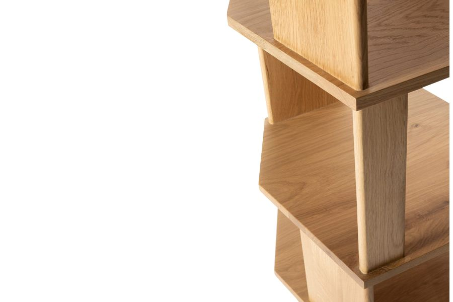 https://res.cloudinary.com/clippings/image/upload/t_big/dpr_auto,f_auto,w_auto/v1551696539/products/oak-stairs-column-ethnicraft-alain-van-havre-clippings-11153778.jpg