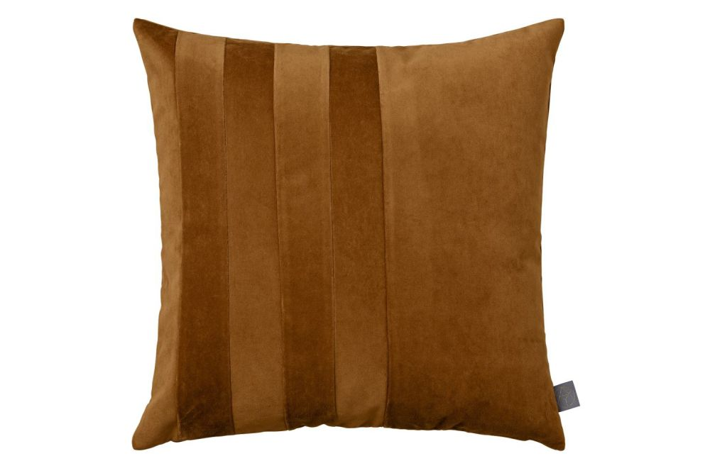 https://res.cloudinary.com/clippings/image/upload/t_big/dpr_auto,f_auto,w_auto/v1552032948/products/sanati-cushion-set-of-2-amber-aytm-clippings-11152953.jpg