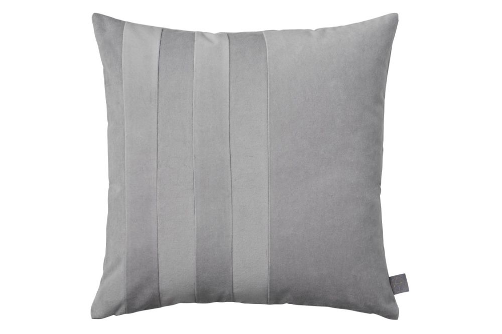 https://res.cloudinary.com/clippings/image/upload/t_big/dpr_auto,f_auto,w_auto/v1552032956/products/sanati-cushion-set-of-2-light-grey-aytm-clippings-11152951.jpg