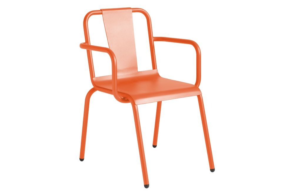 https://res.cloudinary.com/clippings/image/upload/t_big/dpr_auto,f_auto,w_auto/v1552477781/products/napoles-dining-chair-with-arms-isimar-clippings-11160449.jpg