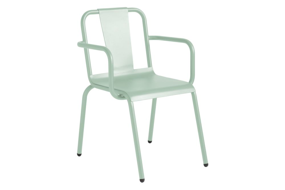 https://res.cloudinary.com/clippings/image/upload/t_big/dpr_auto,f_auto,w_auto/v1552477784/products/napoles-dining-chair-with-arms-isimar-clippings-11160448.jpg