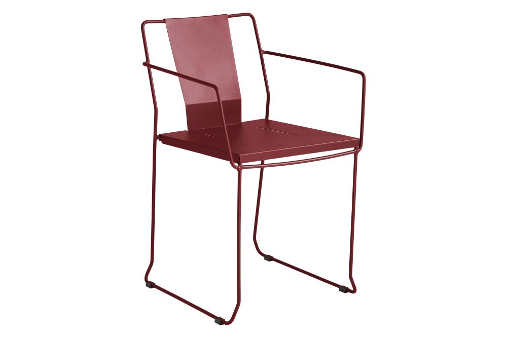 https://res.cloudinary.com/clippings/image/upload/t_big/dpr_auto,f_auto,w_auto/v1552484248/products/chicago-armchair-ral-3004-red-wine-isimar-isimar-clippings-11159915.jpg