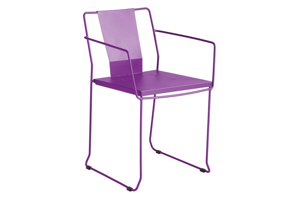 https://res.cloudinary.com/clippings/image/upload/t_big/dpr_auto,f_auto,w_auto/v1552484259/products/chicago-armchair-ral-4006-bougainvillea-purple-isimar-isimar-clippings-11159923.jpg
