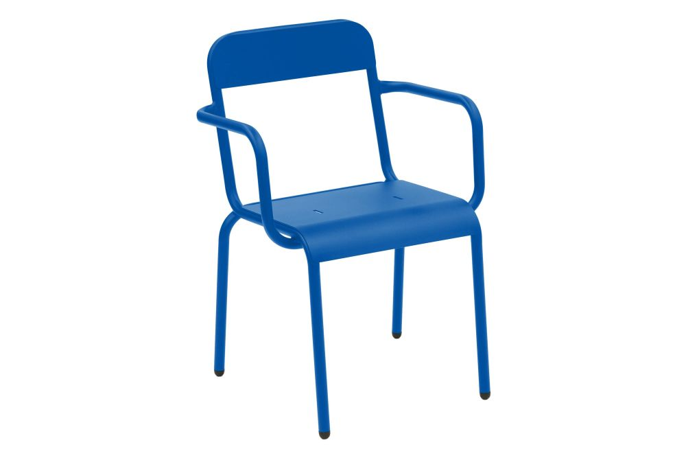 https://res.cloudinary.com/clippings/image/upload/t_big/dpr_auto,f_auto,w_auto/v1552559216/products/rimini-chair-with-arms-isimar-matteo-thun-clippings-11161225.jpg
