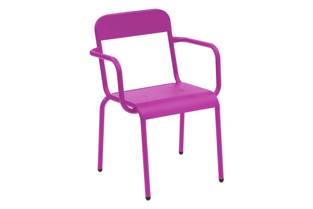 https://res.cloudinary.com/clippings/image/upload/t_big/dpr_auto,f_auto,w_auto/v1552559229/products/rimini-chair-with-arms-isimar-matteo-thun-clippings-11161246.jpg