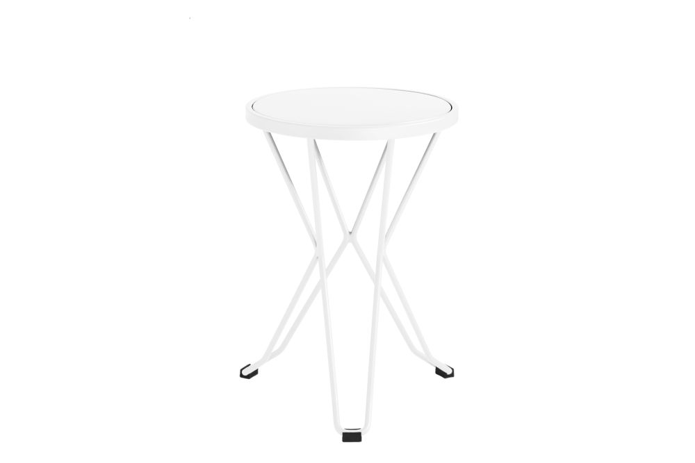 https://res.cloudinary.com/clippings/image/upload/t_big/dpr_auto,f_auto,w_auto/v1552563626/products/madrid-mini-stool-isimar-clippings-11161366.jpg