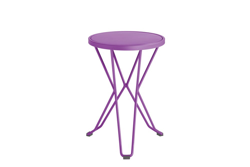 https://res.cloudinary.com/clippings/image/upload/t_big/dpr_auto,f_auto,w_auto/v1552563626/products/madrid-mini-stool-isimar-clippings-11161367.jpg