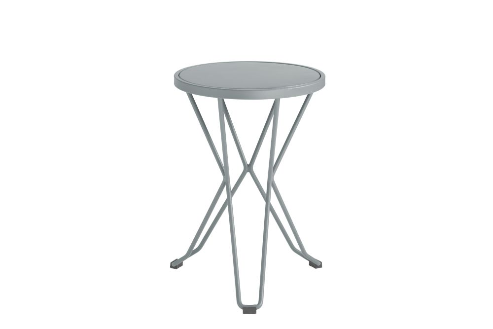 https://res.cloudinary.com/clippings/image/upload/t_big/dpr_auto,f_auto,w_auto/v1552563627/products/madrid-mini-stool-isimar-clippings-11161368.jpg
