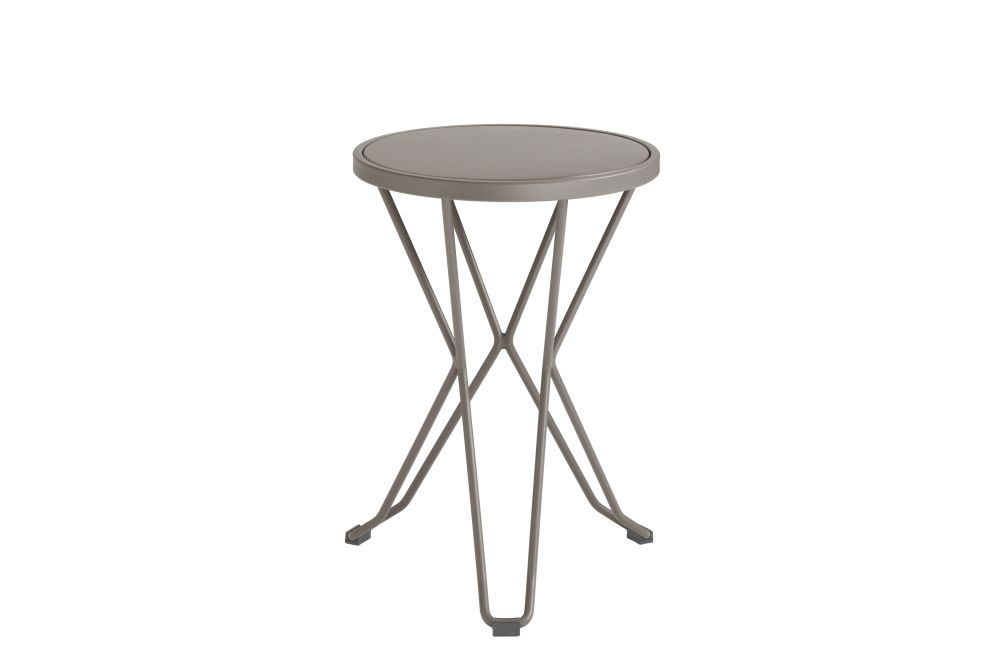 https://res.cloudinary.com/clippings/image/upload/t_big/dpr_auto,f_auto,w_auto/v1552563629/products/madrid-mini-stool-isimar-clippings-11161373.jpg