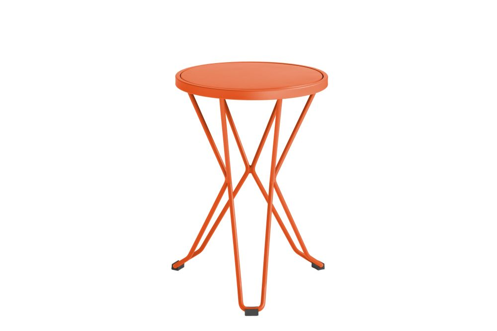 https://res.cloudinary.com/clippings/image/upload/t_big/dpr_auto,f_auto,w_auto/v1552563630/products/madrid-mini-stool-isimar-clippings-11161376.jpg