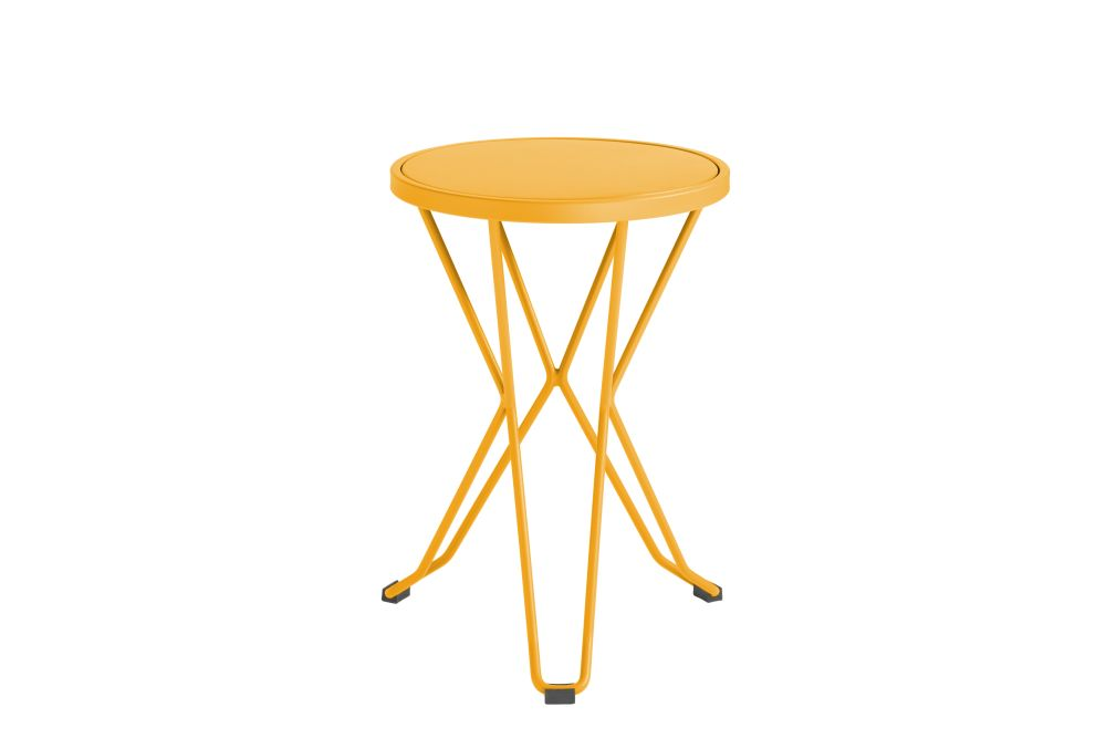 https://res.cloudinary.com/clippings/image/upload/t_big/dpr_auto,f_auto,w_auto/v1552563632/products/madrid-mini-stool-isimar-clippings-11161377.jpg